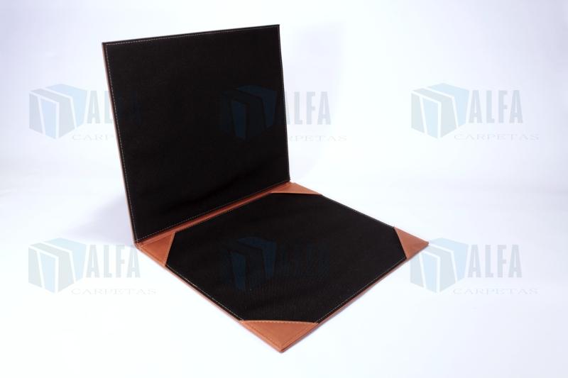 Carpeta para diploma cosida